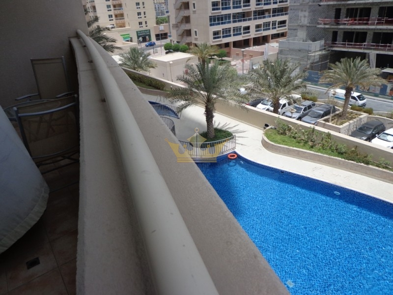 Fully Furnished 1BR, Pool View Near Metro