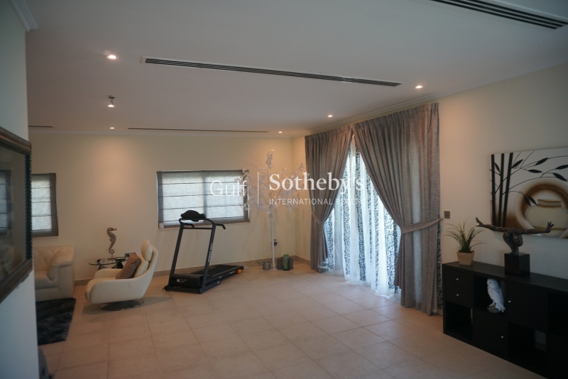 Legacy Villa In Jumeirah Park-For Rent
