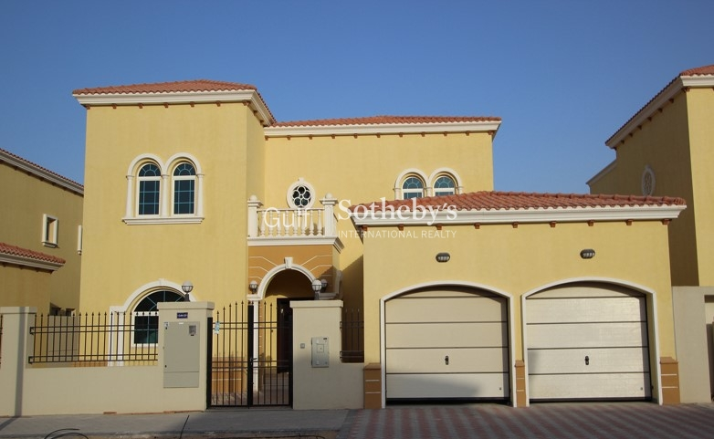 4 Bed Legacy Villa With Good Landscaping