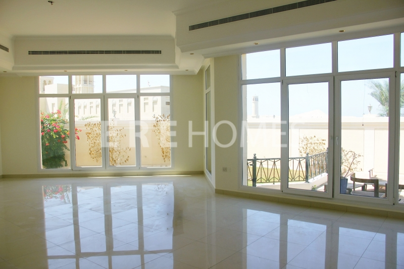 Beautiful 5 Bed Near The Beach At Umm Suqeim 2 Er R 16150