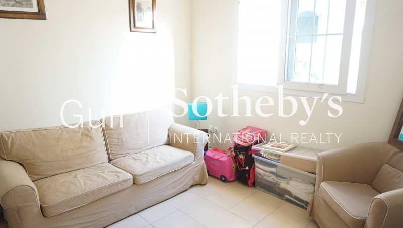 Burj Al Salam, 2 Bed Apartment, Good Price
