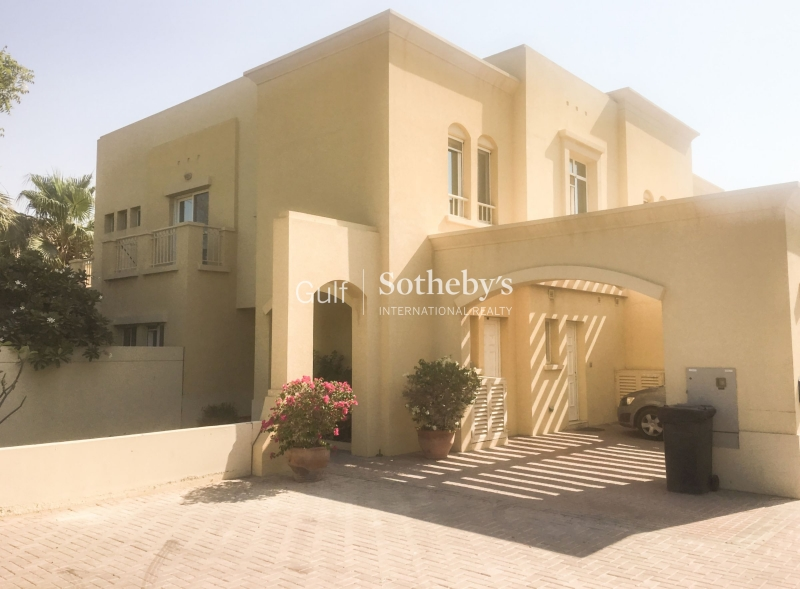 Large Corner Plot Three Bedroom Villa