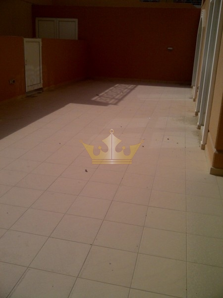Huge 2Bedrooms with Private Courtyard, Ritaj DIP