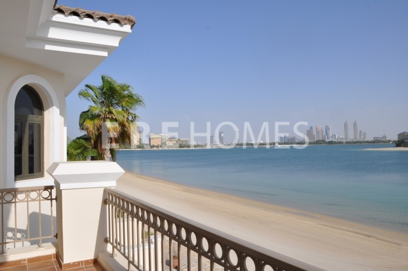 Ere Homes Offer For Sale This Vacant, 3 Bed With Maid'S Room With Full Sea Views On Higher Floor In Princess Tower And Priced To Sell At Aed 3,500,000. Er S 5737