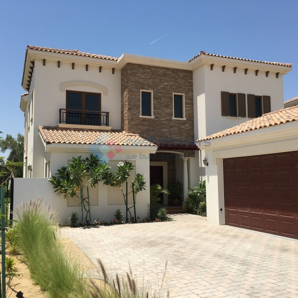 Large Villa in Jumeirah Golf Estates with Golf course View