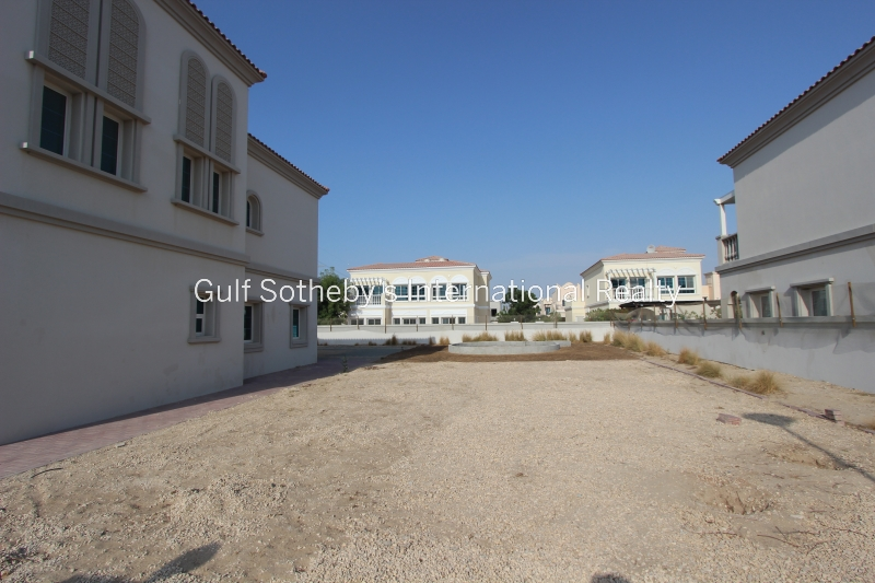 Off Plan. Hills 2br Apartment. Full Golf Course View Op: 2,066,888aed Premium 24%. Er S 5381
