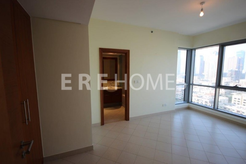 Beautiful Light 2 Bedroom Golf Apartment Er S 7455