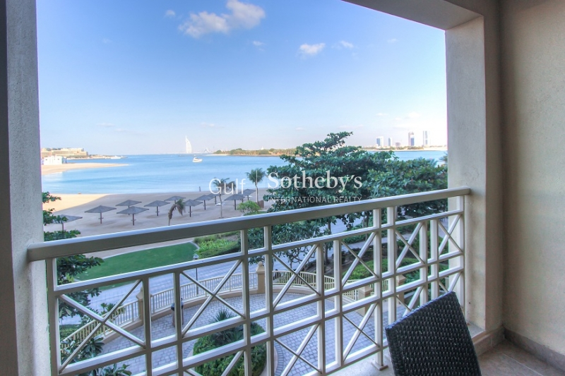 F Type Full Sea View Vacant And Furnished