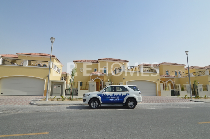 Corner Plot, Away From Cables, 4 Bed Villa At Jumeirah Park Er R 14402