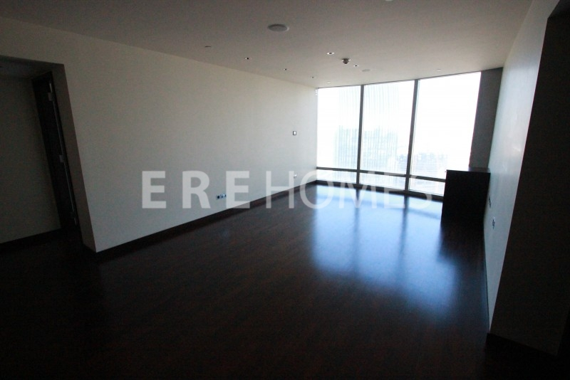 Brand New, Perfect Condition 2 Bedroom With Study In Burj Khalifa Er R 7550