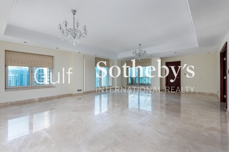 Amazing 4 Bedroom Apartment In Al Anbar