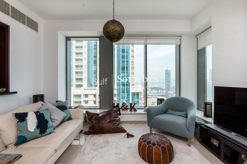 Huge 2 Bedrooms Full Burj Khalifa View