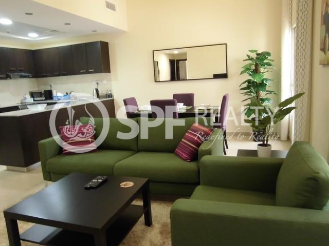 Spacious 2 Bedroom Apt In Remraam Dubailand