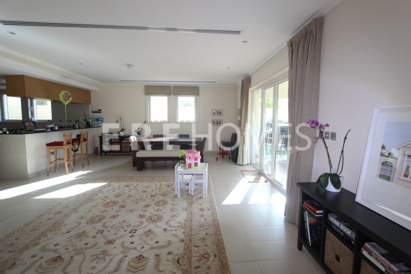 Fully Serviced One Bedroom Apartment In Prestigious Marina Mall Address-Er S 2903