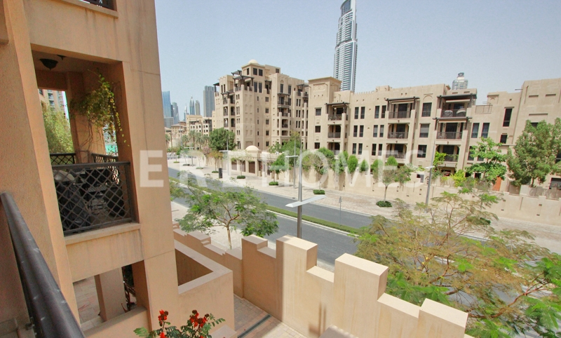 Large, Vacant One Bedroom In Kamoon, Road View Er R 13129
