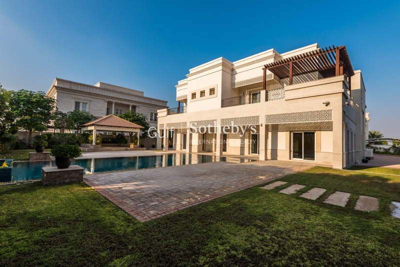Luxury 5 Bedroom Villa, Emirates Hills