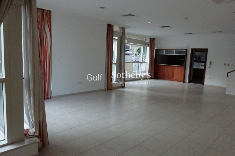 Al Sahab 3 Bed Duplex Villa With Marina Views