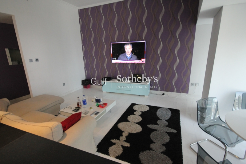 Upgraded Fully Furnished 2br Cayan Tower